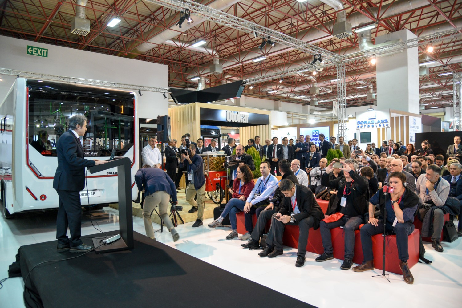 Press conference at Busworld Turkey